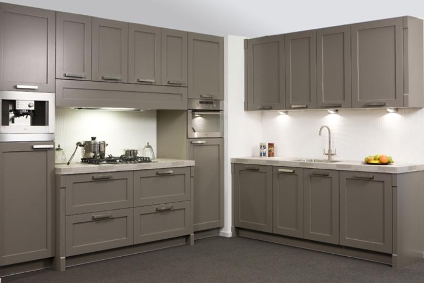 Keuken keuken taupe inspirerende foto 39 s en idee n van het interieur en woondecoratie - Keuken kleur idee ...